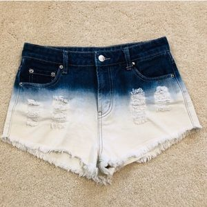 NWT! High-waisted Two-toned Jean Shorts